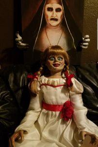 Trang Phục Búp Bê Annabelle