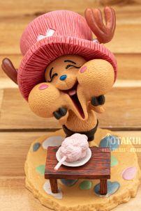 Mô Hình Figure One Piece Tony Tony Chopper GK Happy
