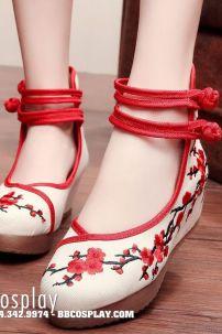 Giày Thêu Hán Phục Hoa Đào 2