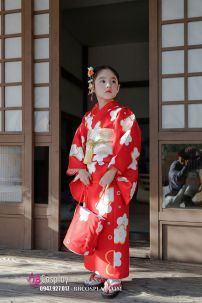 Kimono Bé Gái Đỏ Hoa Đào