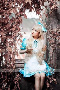 Đồ Alice 9