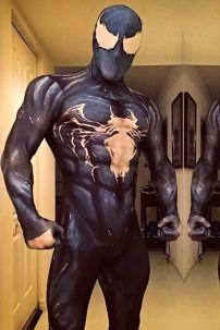 Đồ Venom (Nhện Đen)