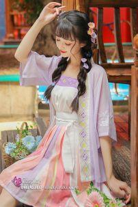 Cổ Trang Hán Phục Cách Tân Bạch Hồng Quán Nhật